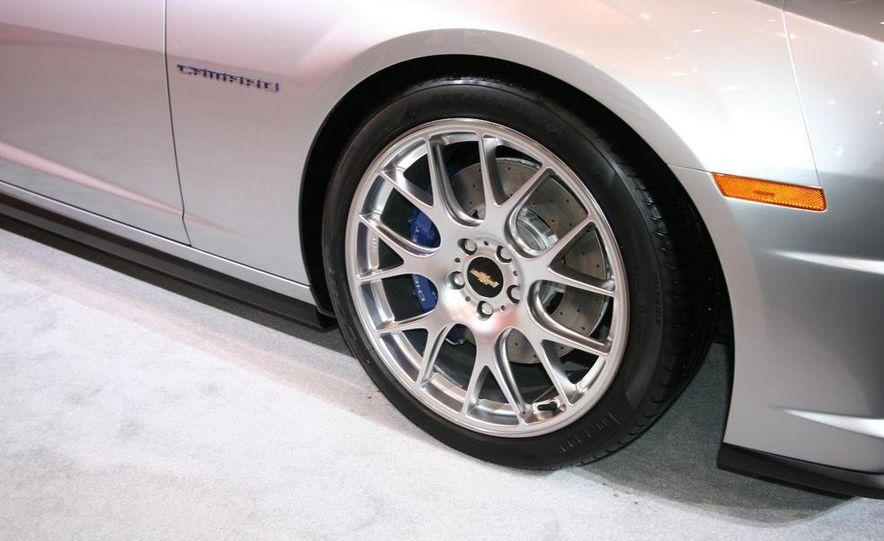 Chevrolet Camaro Synergy concept - Slide 14