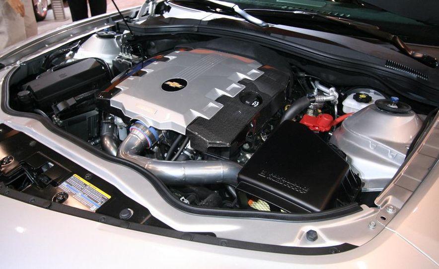 Chevrolet Camaro Synergy concept - Slide 12