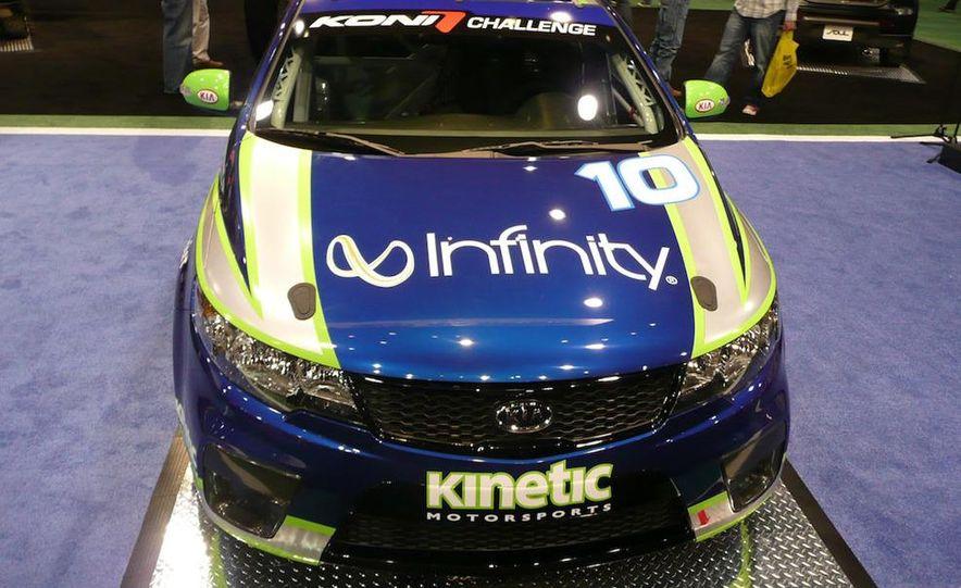 Kia Forte Koup Koni Challenge race car - Slide 6