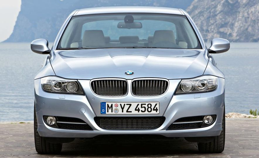 2012 / 2013 BMW 3-series sedan (spy photo) - Slide 27