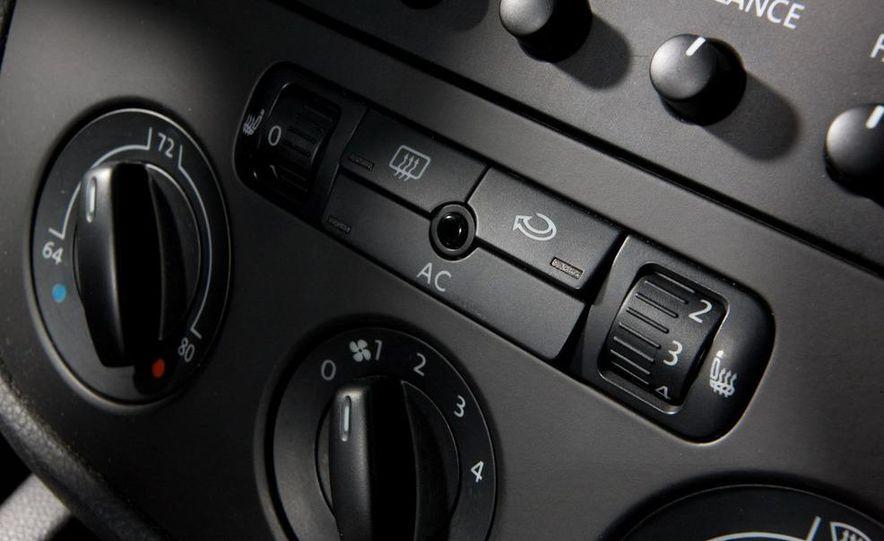 2010 Volkswagen Jetta TDI Cup Street Edition - Slide 31