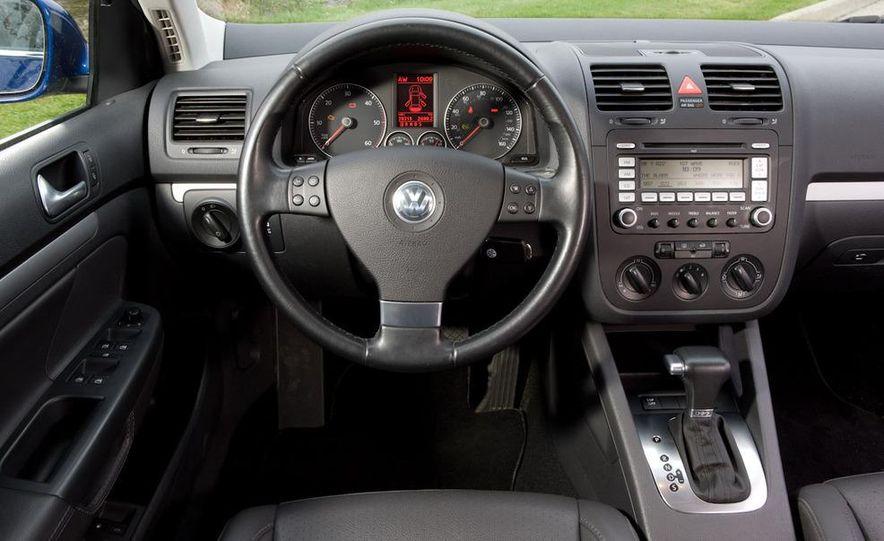 2010 Volkswagen Jetta TDI Cup Street Edition - Slide 33