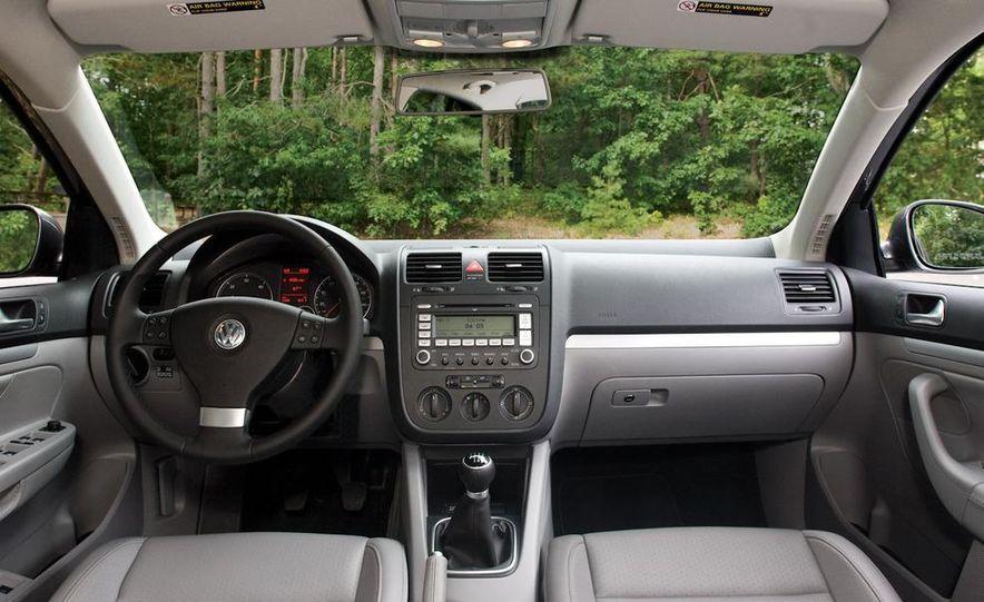 2010 Volkswagen Jetta TDI Cup Street Edition - Slide 51
