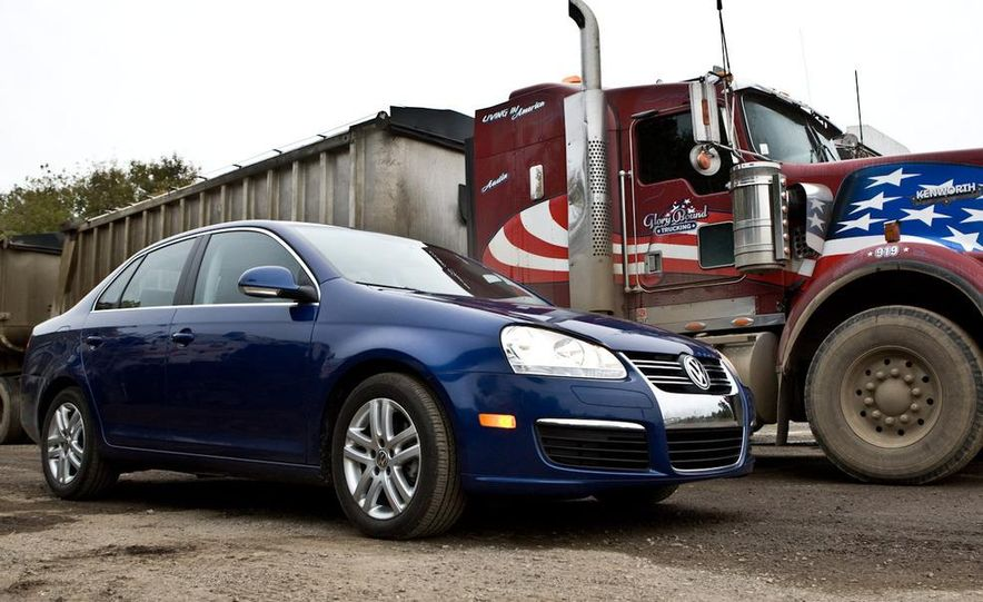 2010 Volkswagen Jetta TDI Cup Street Edition - Slide 27