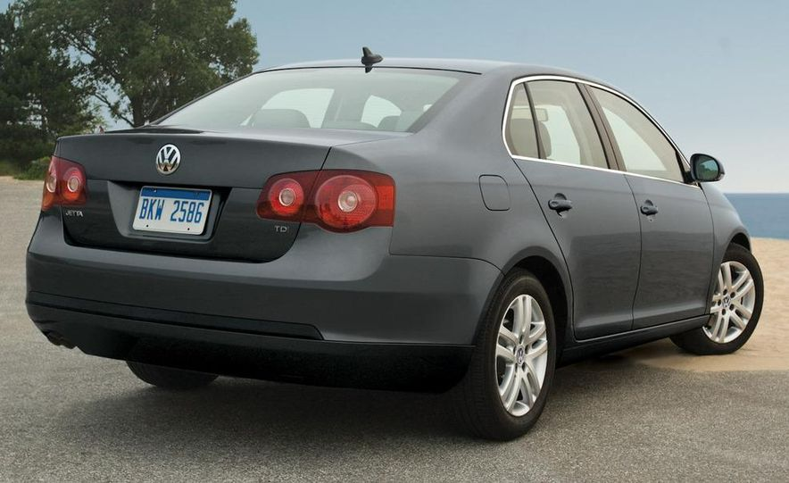 2010 Volkswagen Jetta TDI Cup Street Edition - Slide 46