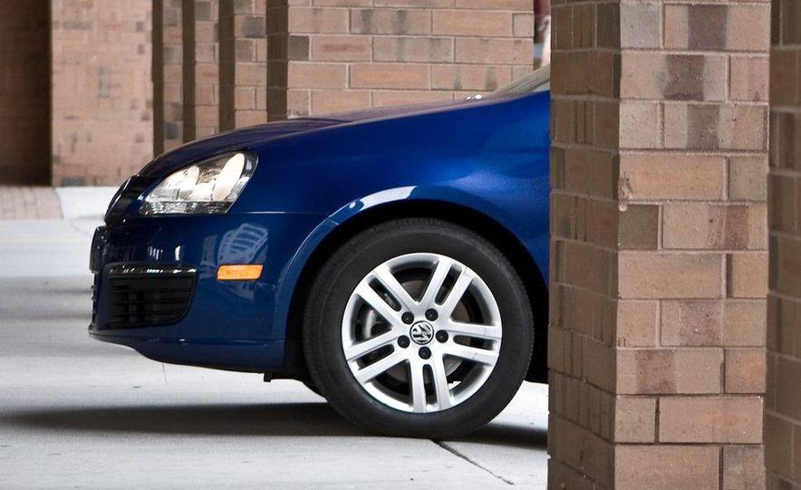 2010 Volkswagen Jetta TDI Cup Street Edition - Slide 57