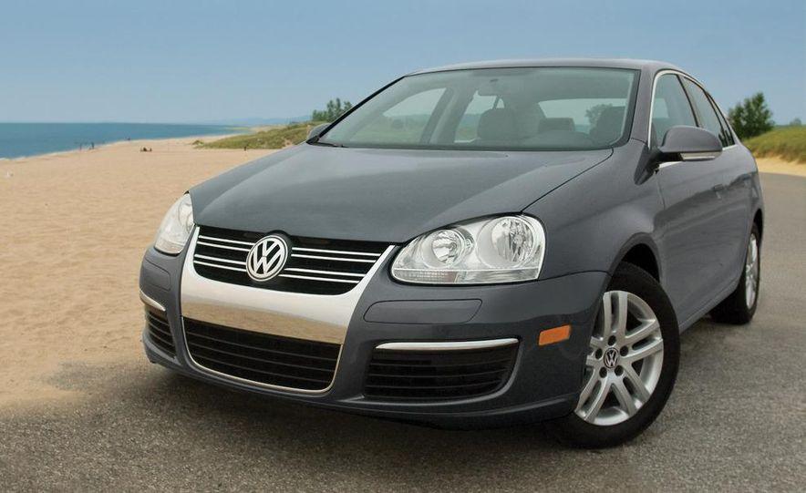 2010 Volkswagen Jetta TDI Cup Street Edition - Slide 10