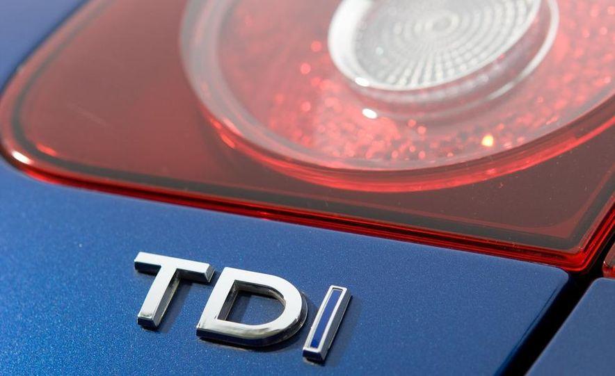 2010 Volkswagen Jetta TDI Cup Street Edition - Slide 43