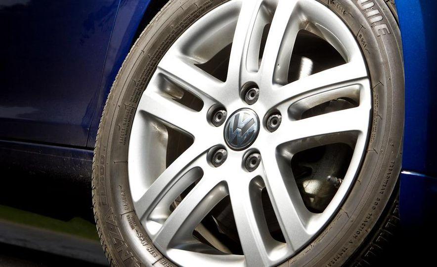 2010 Volkswagen Jetta TDI Cup Street Edition - Slide 40