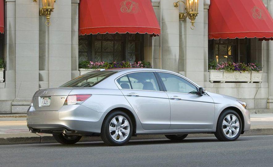 2009 Honda Accord EX-L V-6 - Slide 1