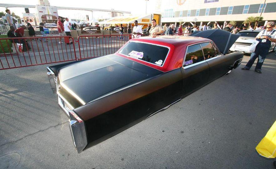 Cadillac Fleetwood Brougham Turbo-Diesel - Slide 5