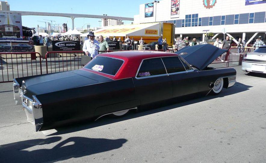 Cadillac Fleetwood Brougham Turbo-Diesel - Slide 11