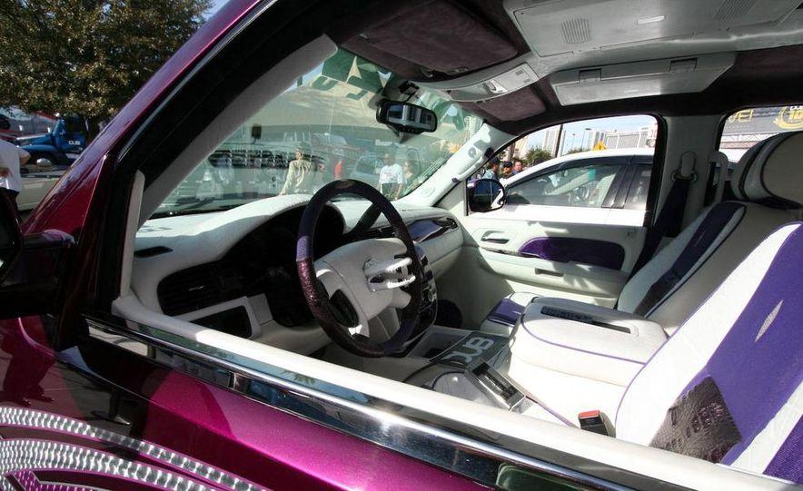 Cadillac Fleetwood Brougham Turbo-Diesel - Slide 35