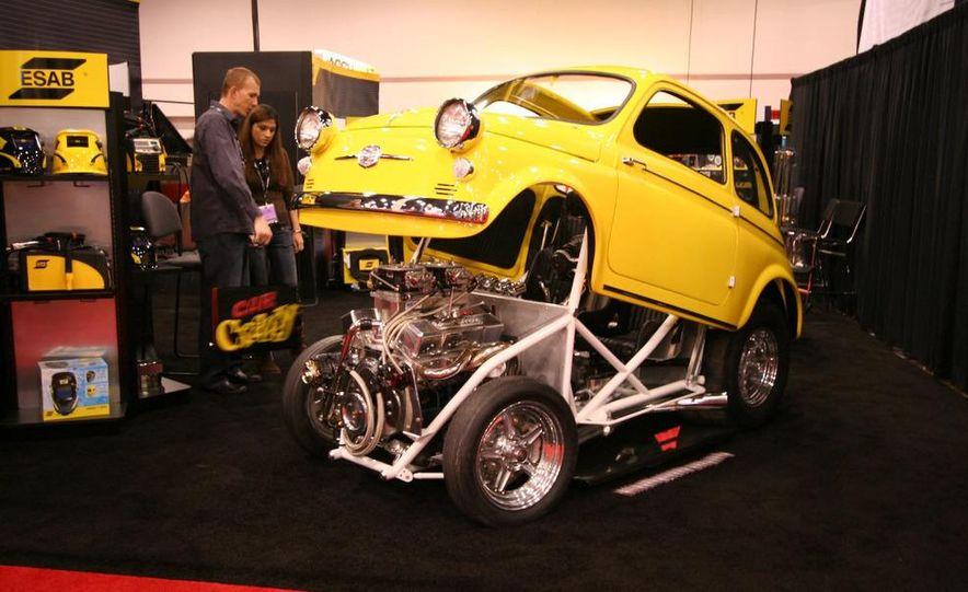 Cadillac Fleetwood Brougham Turbo-Diesel - Slide 24