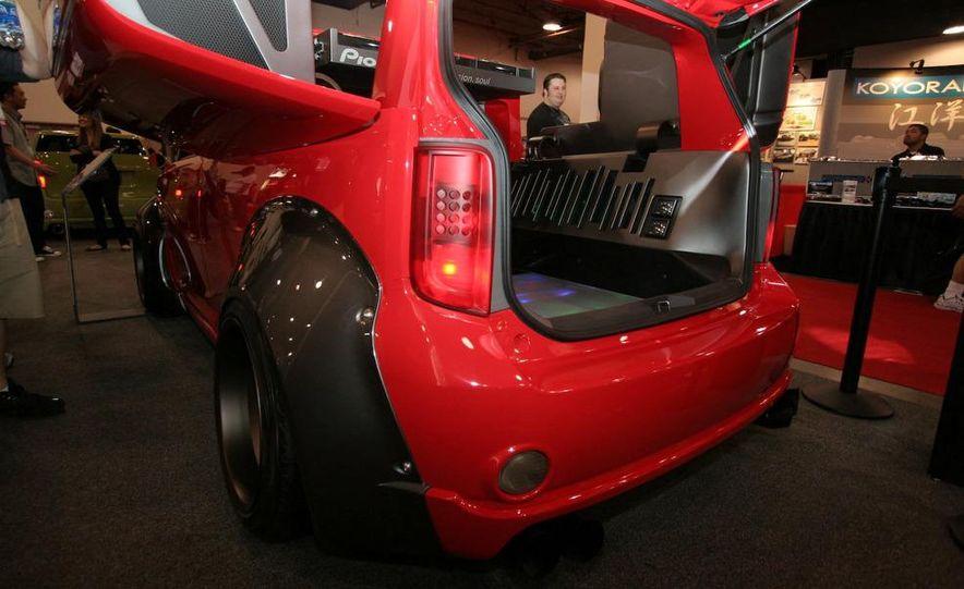 Cadillac Fleetwood Brougham Turbo-Diesel - Slide 67