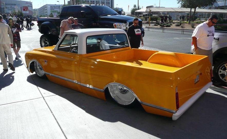 Cadillac Fleetwood Brougham Turbo-Diesel - Slide 14