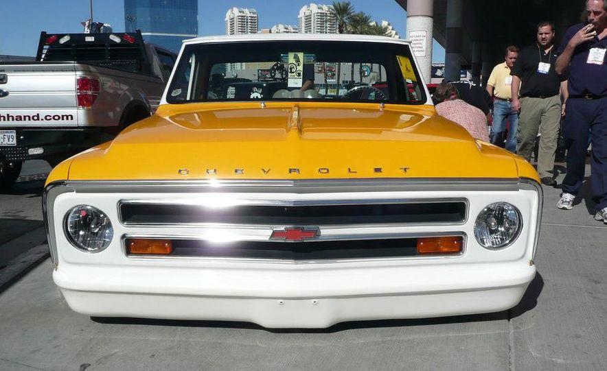 Cadillac Fleetwood Brougham Turbo-Diesel - Slide 16
