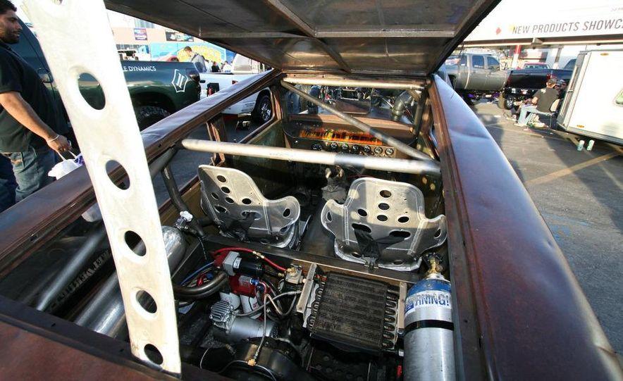 Cadillac Fleetwood Brougham Turbo-Diesel - Slide 54