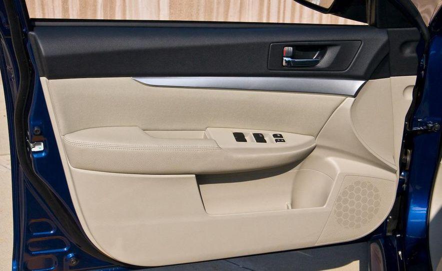 2010 Subaru Legacy 2.5i - Slide 43
