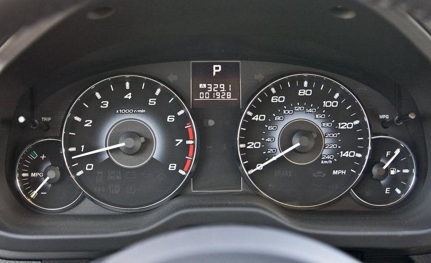 2010 Subaru Legacy 2.5i - Slide 33