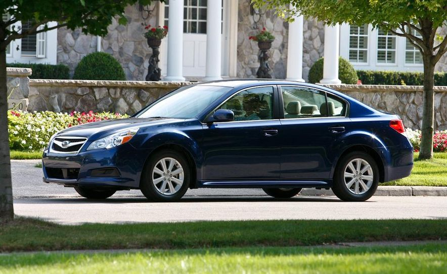 2010 Subaru Legacy 2.5i - Slide 20