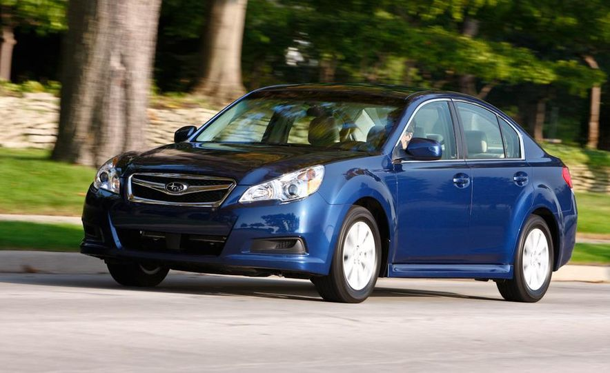 2010 Subaru Legacy 2.5i - Slide 23