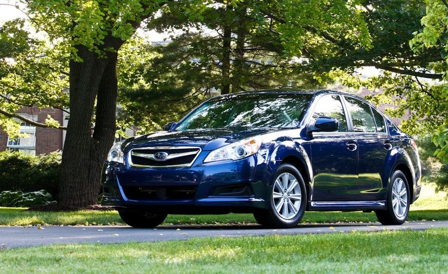 2010 Subaru Legacy 2.5i - Slide 27