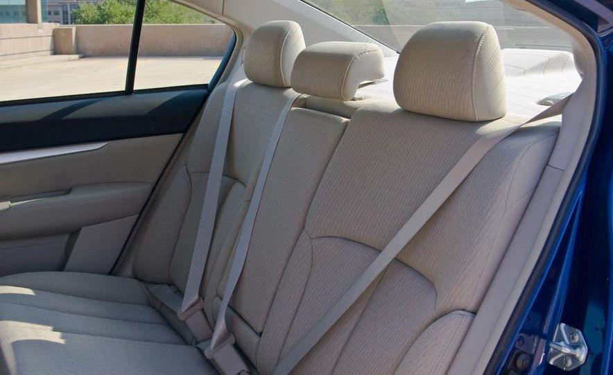 2010 Subaru Legacy 2.5i - Slide 41