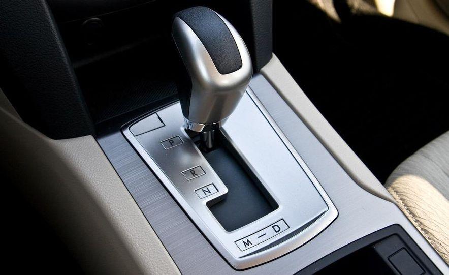 2010 Subaru Legacy 2.5i - Slide 35