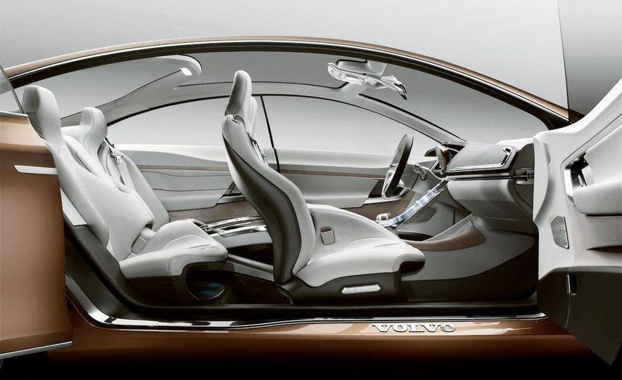 2011 Volvo S60 - Slide 16