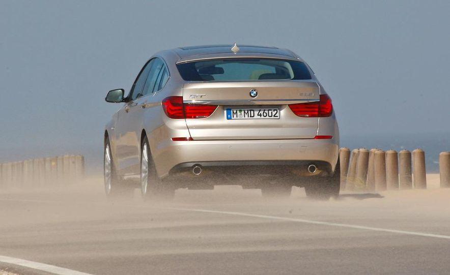 2010 BMW 535i Gran Turismo (Euro spec) - Slide 2