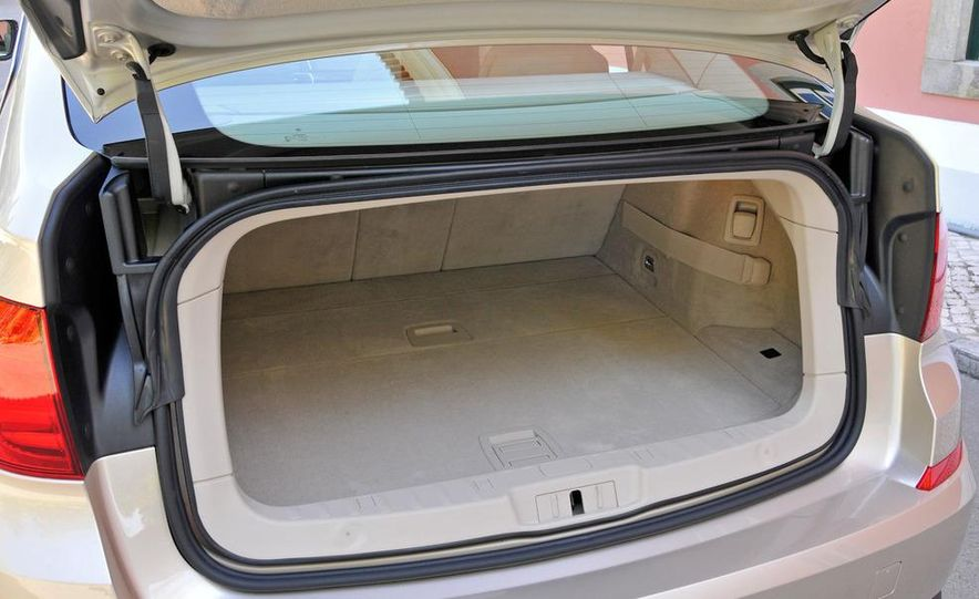2010 BMW 535i Gran Turismo (Euro spec) - Slide 39