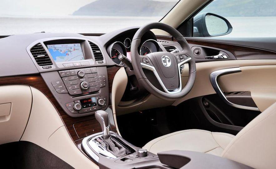 2011 Buick Regal - Slide 31