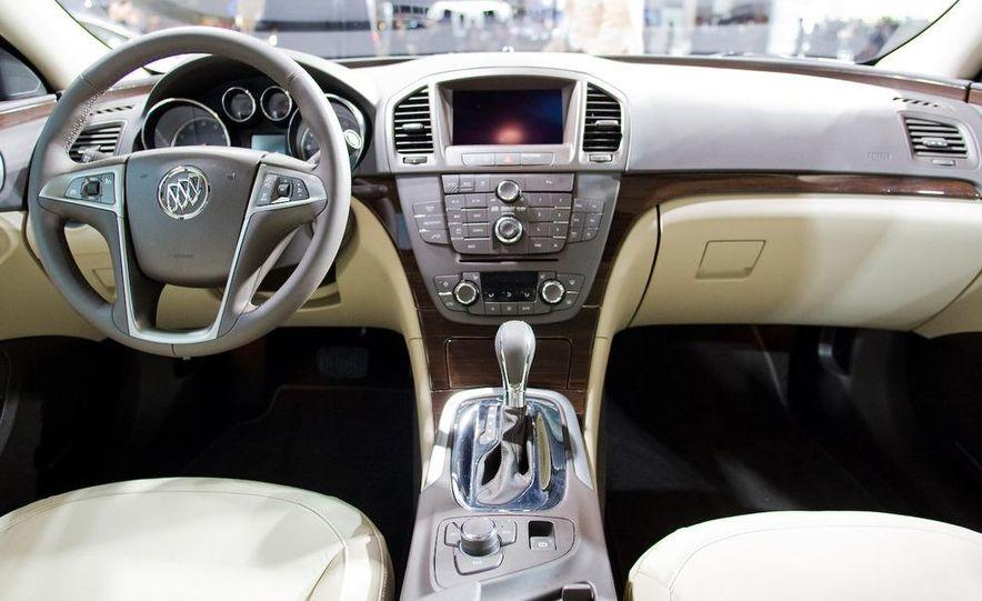 2011 Buick Regal - Slide 10