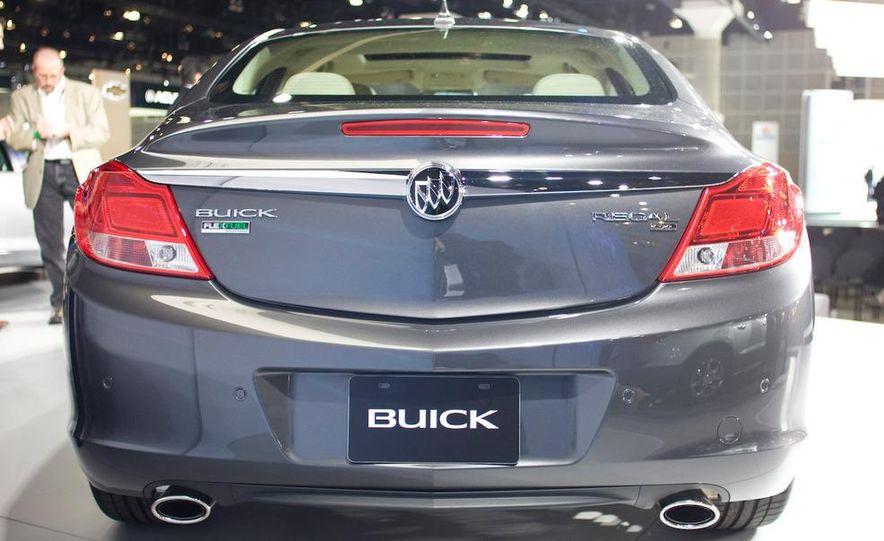 2011 Buick Regal - Slide 6