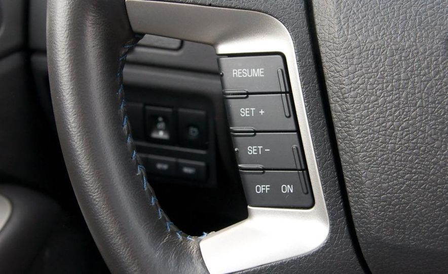 2010 Ford Fusion Sport AWD - Slide 34