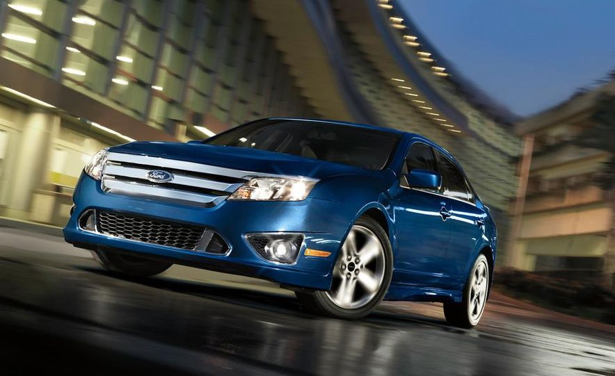 2010 Ford Fusion Sport AWD - Slide 9