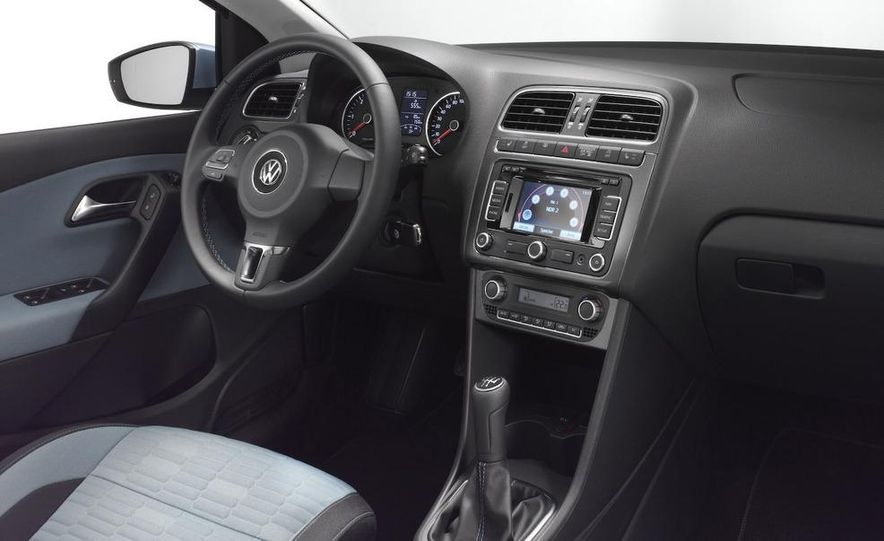2010 Volkswagen Polo BlueMotion - Slide 25