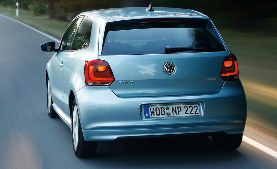 2010 Volkswagen Polo BlueMotion - Slide 18