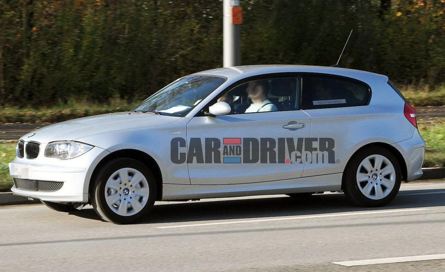 2013 BMW 1-series hybrid (spy photo) - Slide 2