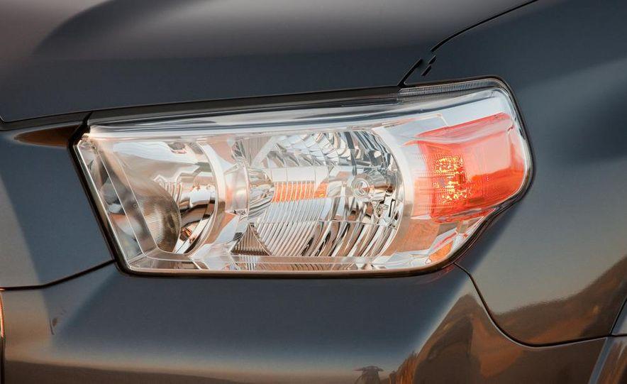 2010 Toyota 4Runner - Slide 27
