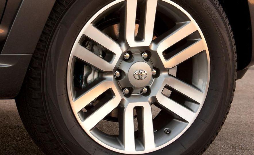 2010 Toyota 4Runner - Slide 31