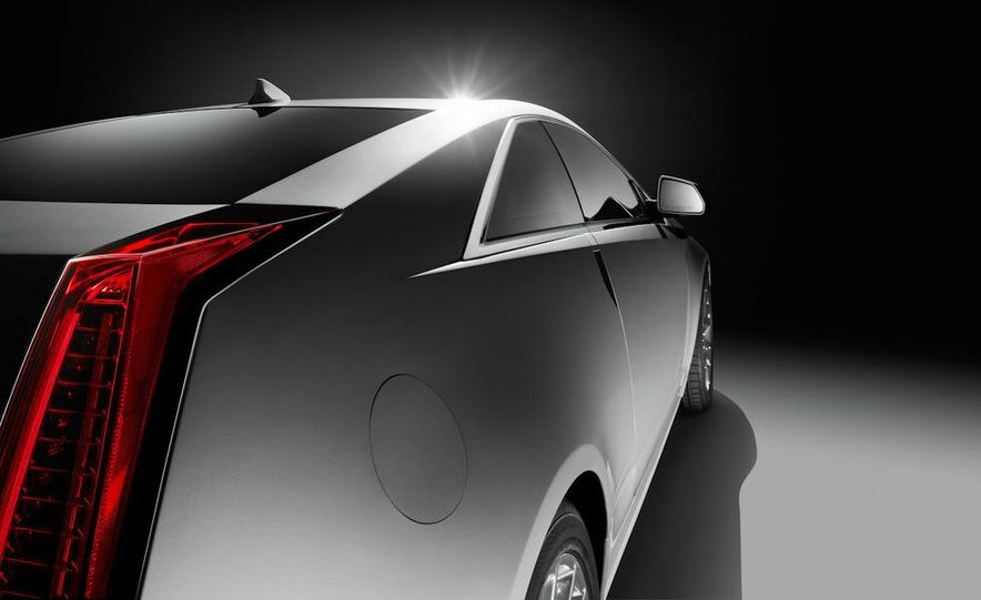 2011 Cadillac CTS coupe - Slide 18
