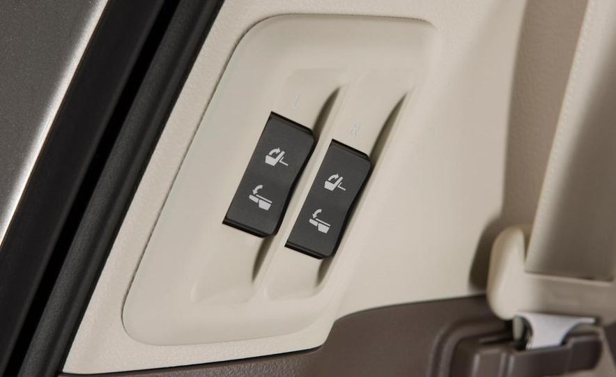 2010 Lexus GX460 - Slide 71