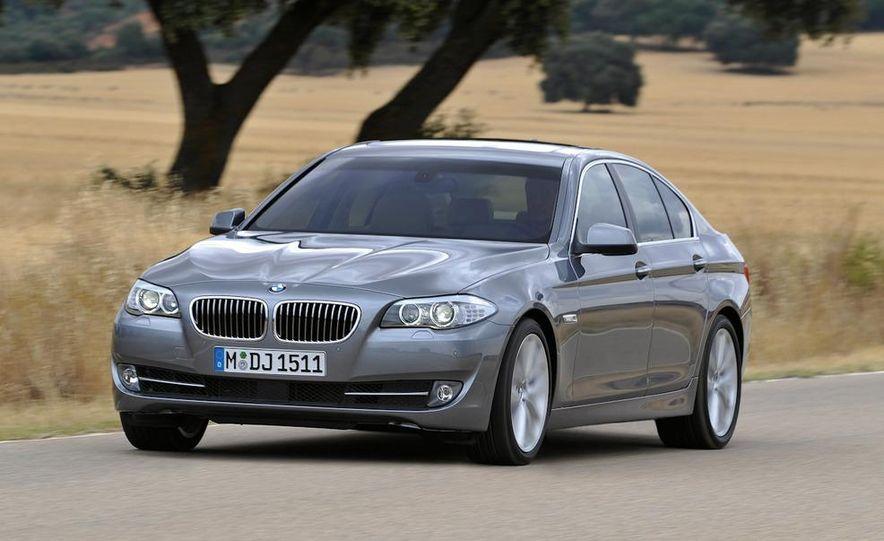 2011 BMW 5-series - Slide 1