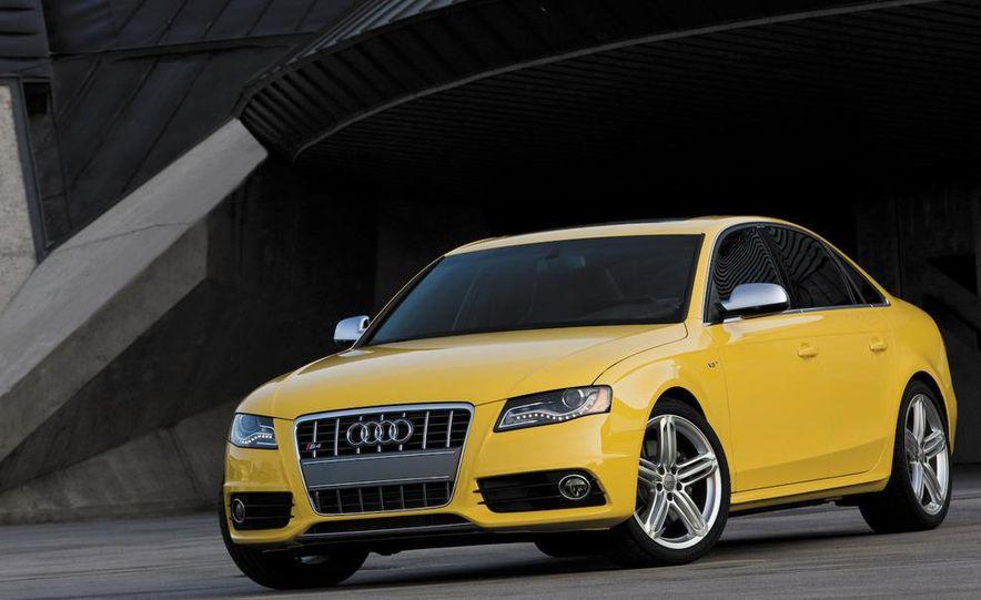 2010 Audi S4 - Slide 2