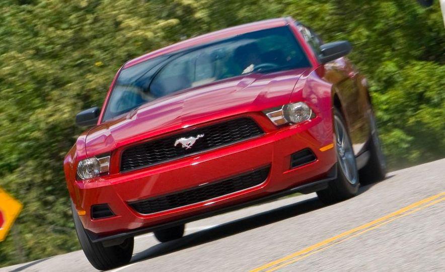 2011 Ford Mustang V-6 grille - Slide 34