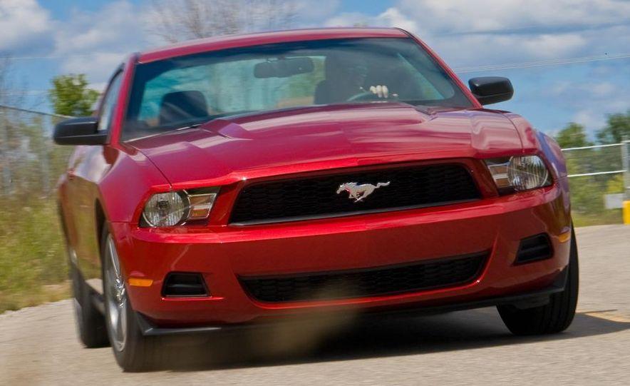 2011 Ford Mustang V-6 grille - Slide 64