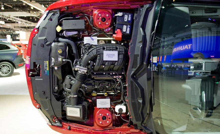 2011 Ford Mustang V-6 grille - Slide 29