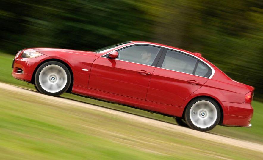 2007 BMW 335i coupe - Slide 3